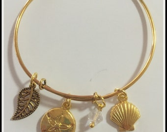 Gold Shells Bracelet