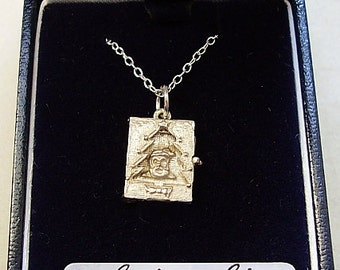 Sterling Silver Opening Christmas Card with 18in Chain