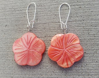 Tropical Coral Colored Shell Flower Dangle Earrings