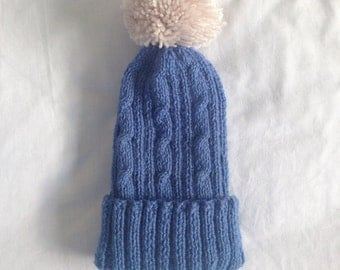 Toddler beanie with pom-pom