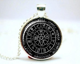 Pagan Wheel Of The Year With Pentacle Center; Yule; Imbolc; Ostara; Beltane; Litha (Mid-summer); Lammas; Mabon; Samhain