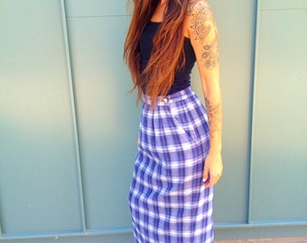 perfect condition. Plaid. Checkard. Skirt.