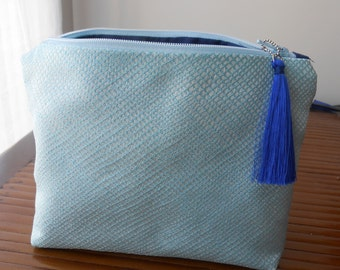 Makeup pouch turquoise
