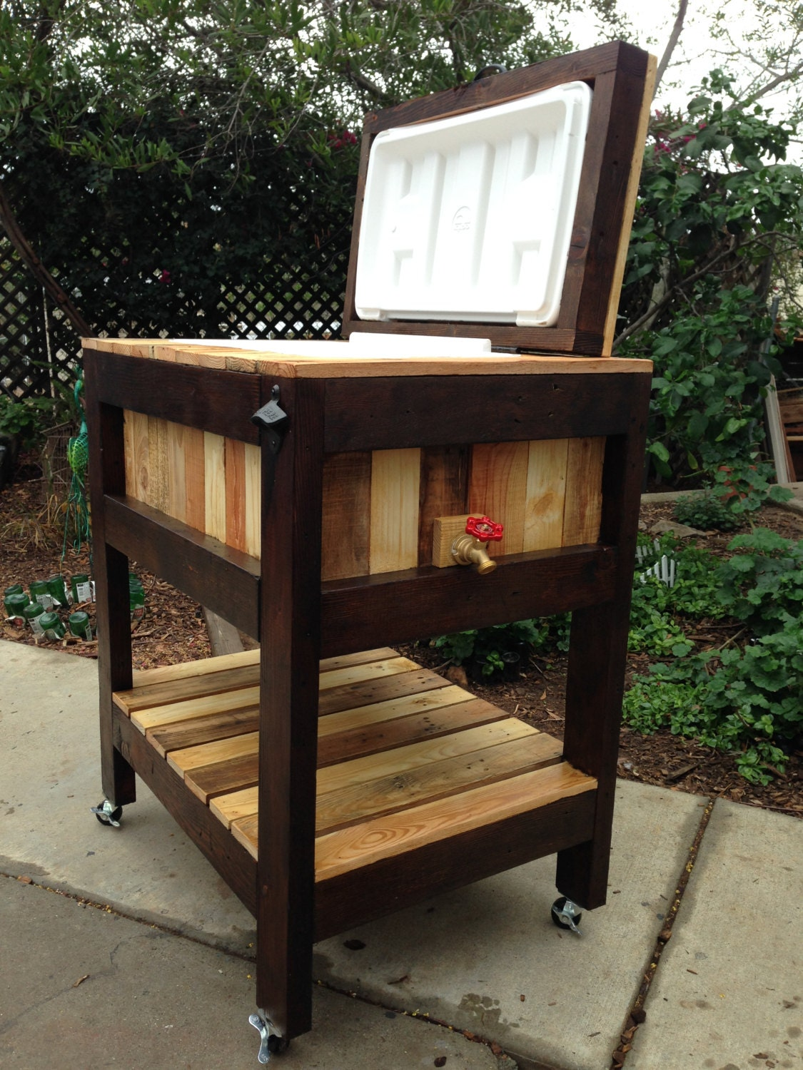 Wood Cooler Made Out of Reclaimed Pallet Wood. Cooler Stand