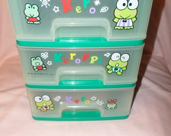 Vintage Keroppi chest of Drawers plastic tote Sanrio 1995 Frog Kero Green treasures storage pull frogs markers pencils storage