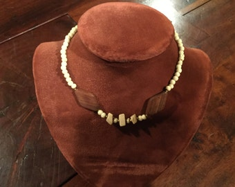 """MIRIAM HASKELL 1960's faux bone beads & wood 15"""" NECKLACE"""