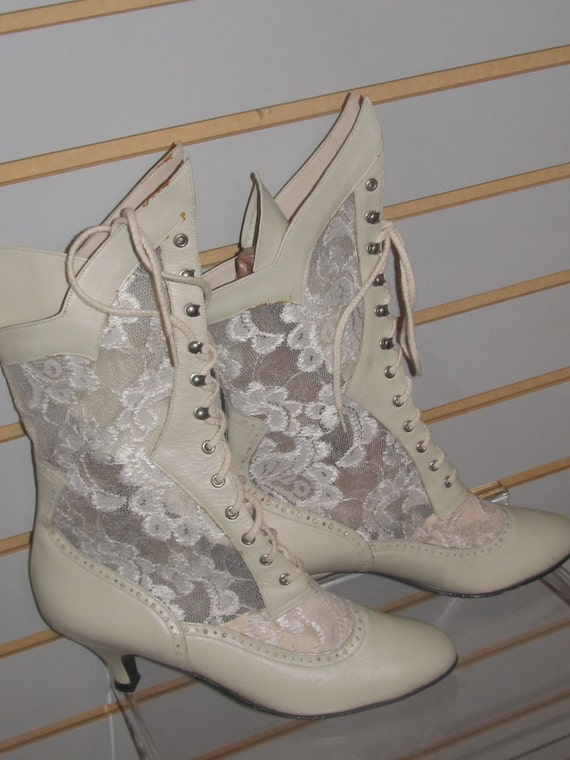 Ivory colored boots 28 images shoe at oscar de la for Floor plan com