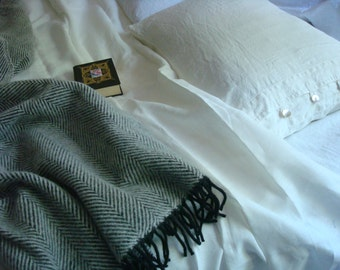 Wool blanket throw blanket with fringes wool beadspread