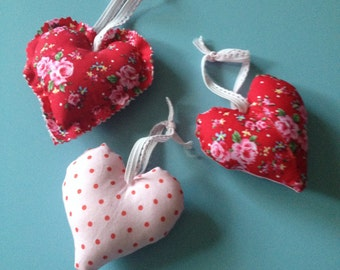 Floral hearts. A hanging set of 3.