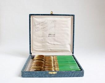Set of 12 Gilded Art Deco Forks with Green Bakelite Handles in Original Box, Dessert Forks, Fourchette, Coffret, Gift Set, Gold