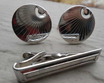 Vintage Abstract Silver Cufflinks And Tie Clip. 1980's. Gift For Groomsmen, Groom, Dad, Husband.