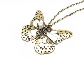 Necklace butterfly and lucky clover