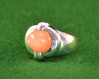 925 Silver and Peach Moonstone womans ring, size 7 1/2