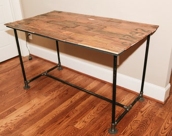 Industrial Reclaimed Pallet-Top Desk