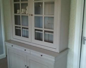 Display cabinet dresser