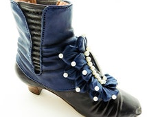 Just the Right Shoe by Raine and Willitts Designs: Victorian Ankle Boot #25089