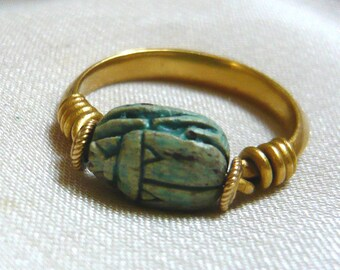 1920s EGYPTIAN Revival Gold Scarab Ring | 1920s Scarab Ring | Faience Scarab Ring | Egyptian Revival Ring | Scarab Gold Ring