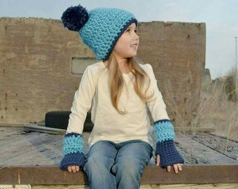 Slouchy Hat and Fingerless Gloves