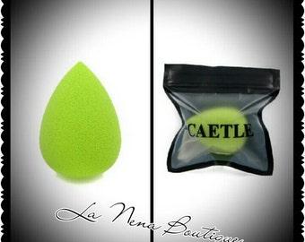 Green Mini Makeup/Beauty Blender.