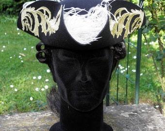 tricorn hat, 18th . Chapeau Tricorne XVIIIè siècle