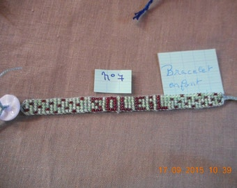 BRACELET beads rockeries with a fancy as a clasp for child button