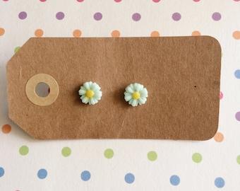 Light Green Mini Flower Earrings