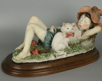 Giuseppe Armani Figurine Girl Sleeping With Cat