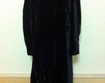 Antique Edwardian Black Coat,Vintage BlackVelvet Coat,BlackVelvetOpera Coat,Flapper Era Coat,Women's Antique Black Coat by B.Altman.Co S