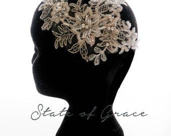 Gold floral lace comb