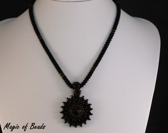 Unique! Handmade necklace in the colors black and Brown