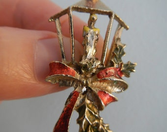 Christmas Candle Lamp Brooch, Vintage