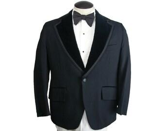 1970s Palm Beach Black Tuxedo Jacket with Velvet Lapels 39S