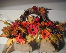 Momorial Flowers, Headstone Flowers, Cemetery Flowers, Saddles, Saddle Flowers, Symapthy Gifts