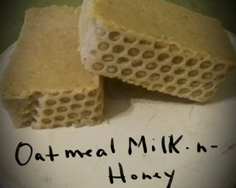 oatmeal milk-n-honey-cold process all natural,organic oatmeal,raw honey,goat milk