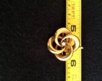 SALE!!! New Lower Price! - Ladies 14 karat yellow gold Love Knot brooch with diamond