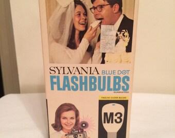 Sylvania blue dot M3 flashbulbs - 12 bulbs.  One MISSING /VINTAGE