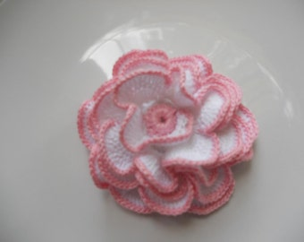 Crochet white rose with plnk border