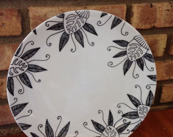 Hand Painted Modern Flower Ceramic Plate