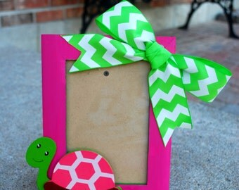 """Delta Zeta Sorority Pink and Green Turtle Picture Frame 4"""" X 6"""""""