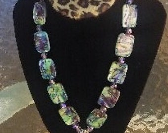 "Multicolored glass beaded 18"" necklace"