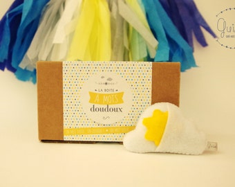 """Box to Word sweet """"You are my little sunshine"""" and his blankie cloud/Sun felt-Message of love and friendship / Love & friendship message box"""