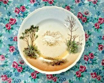 Pretty Royal Doulton plate with printed scene of Dover Castle stamped and marked HB 7468a H1458.