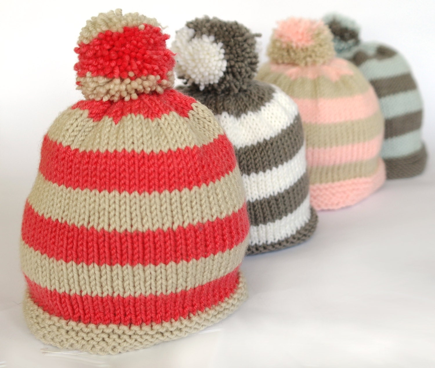 Easy baby hat knitting pattern / Baby bobble hat / Pompom hat / Stripey baby ...