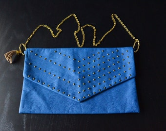 Shoulder bag, blue leather eco bag, studded bag, tassel bag, clip bag, bronze chain, rock bag, street bag,hand stitched bag, made in italy