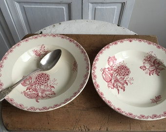 Set of 2 vintage French soup plates/ bowls