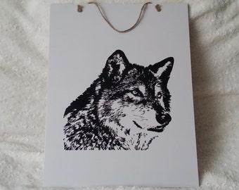 Handmade Decoration Plate Wolf