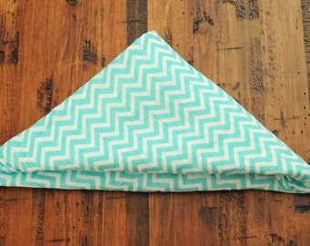 Chevron Swaddle Blanket // Turquois Baby Blanket // Lightweight Baby Blanket with Modern Print //Hipster Baby// Baby Gift // Chic // Canada