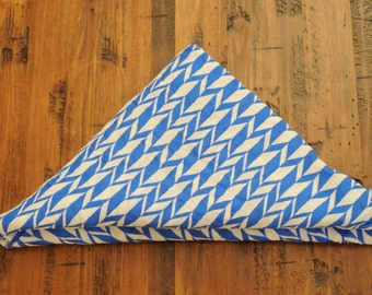 Blue Geometric Shapes Blanket // Swaddle Wrap// Lightweight Baby Blanket with Modern Print //Hipster Baby// Baby Gift // Chic // Canada