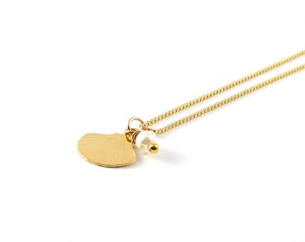 Gold shell I delicate necklace I 925 gold plated