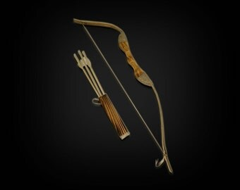 Children's Wooden Bow and Arrow set; kids youth toy-For archery hunting playing-Rubber tip for Arrows; Bow and arrow target set; archery